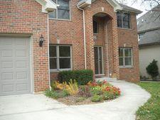 1212 Richmond Ave, Westmont, IL 60559