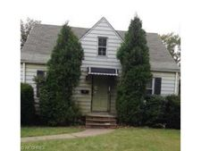 3930 Lee Heights Blvd, Cleveland, OH 44128