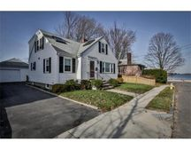 154 Bromfield St, Quincy, MA 02170