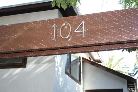 104 4th St, Sausalito, CA 94965