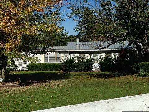 Photo of 2141 County Road 2342, Atlanta, TX 75551