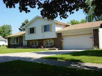 2195 W 95th Ave, Crown Point, IN