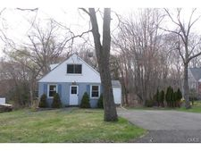 243 Porter Ave, Middlebury, CT 06762