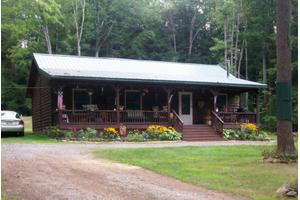 40 Francis Farm Rd, Lock Haven, PA 17745