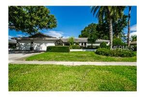 3246 Hyde Park Dr, Clearwater, FL 33761