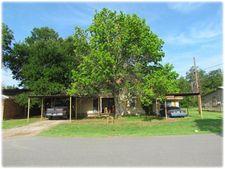 999 N Blanton St, Whitewright, TX 75491