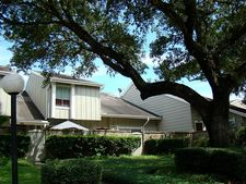 7069 Greenway Chase St, Houston, TX 77072