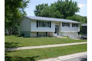 600 E Franciscan Dr, Crown Point, IN 46307