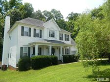 108 Hollow Ct, Garner, NC 27529
