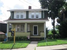1305 Orchard Ave, New Kensington, PA 15068