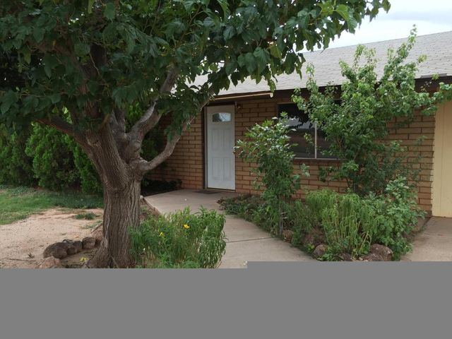 1305 e maple st winslow az 86047 home for sale and real estate listing