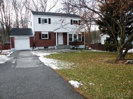 17 Westbrook Dr, Cortlandt Manor, NY 10567