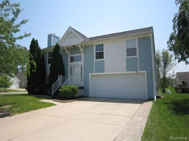 201 aberdeen ct belleville mi 48111 home for sale and