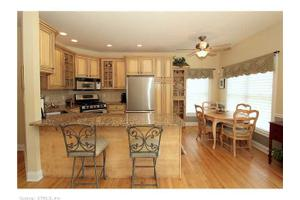 42 Jasmine Cir, Milford, CT 06461