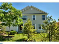 74 Haddon Ct, Pennington, NJ 08534