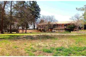 480 Independence Dr, Roebuck, SC 29376