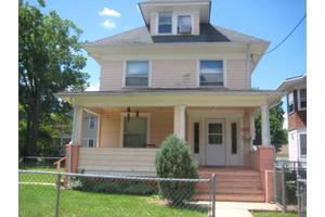 132 W Emerson Ave, Rahway City, NJ 07065