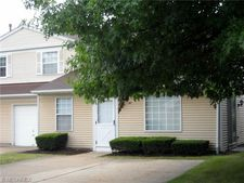 40 Firebush Ln # 21, Northfield, OH 44067