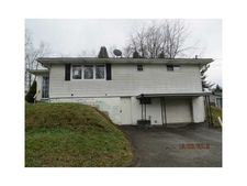 11 Clover St, Redstone Twp, PA 15475