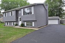 317 Lakewood Dr, Antioch, IL 60002