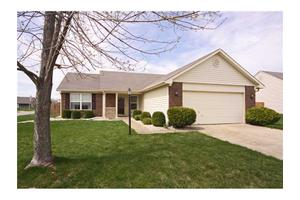 6566 Crossbridge Blvd, Noblesville, IN 46062