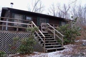 27 Pine Way, Mt Jackson, VA 22842