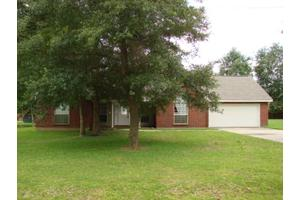 113 Pinedale Dr, Carriere, MS 39426