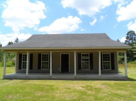 118 Gill Rd, Homerville, GA 31634