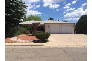 1812 June St NE, Albuquerque, NM 87112