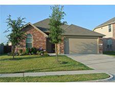 925 Misty Oak Trl, Burleson, TX 76028
