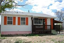 8 Churchill Rd, Pueblo, CO 81001