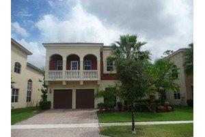 9213 Nugent Trl, Royal Palm Beach, FL 33411