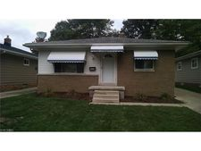 5537 Andover Blvd, Garfield Heights, OH 44125