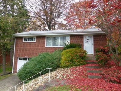 3737 Evergreen Dr, Monroeville, PA