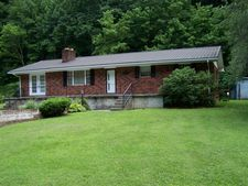 4165 Chloe Rd, Pikeville, KY 41501