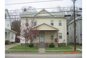 236 Grant St, Franklin, PA 16323