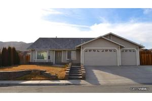 2139 Albatross Way, Sparks, NV 89441