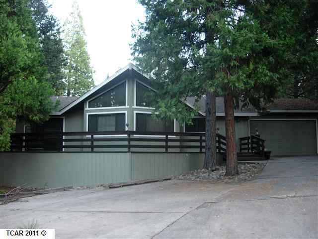 20299 Little Valley Rd, Groveland, CA 95321