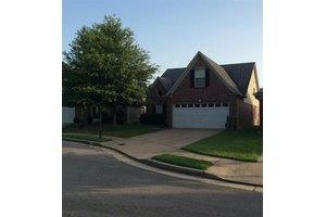 1961 Auburn Tree Cv, Memphis, TN 38134