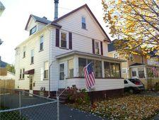 61 Holbrooke St, Rochester, NY 14621