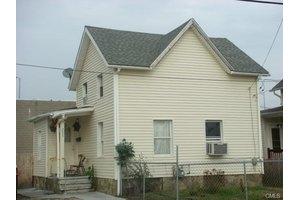 255 Smith St, Bridgeport, CT 06607