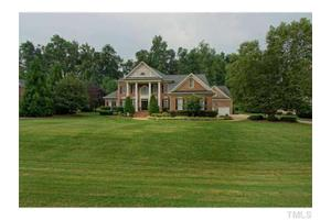 936 Oak Creek Rd, Raleigh, NC 27615