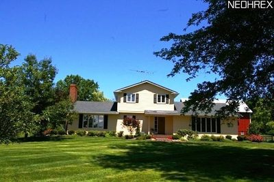 11278 Bell Rd, Newbury, OH 44065 - Recently Sold Home Price - realtor ...
