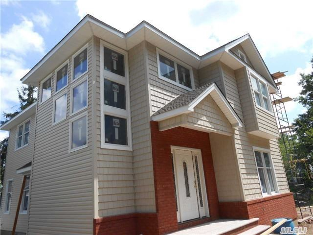 88 Bradley Pl Mineola Ny 11501 Home For Sale And Real Estate Listing