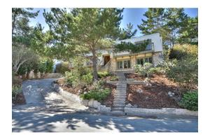 4 Stratford Pl, Monterey, CA 93940