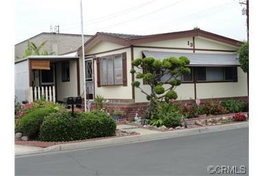 4211 W 1st St, Santa Ana, CA