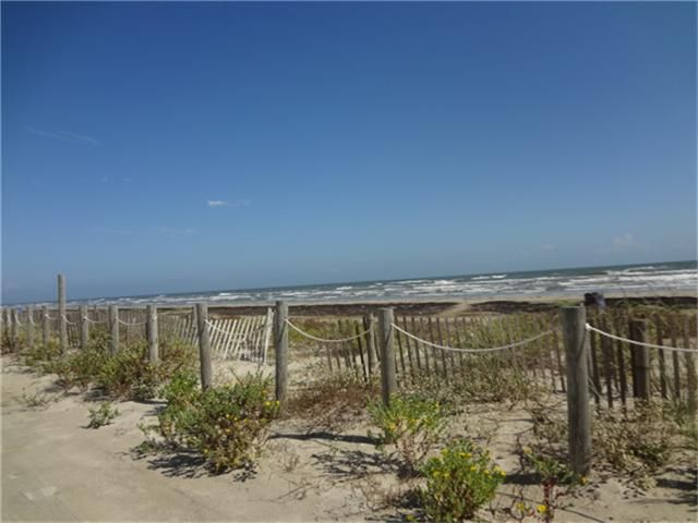 12817 Bermuda Beach Dr Galveston Tx 77554