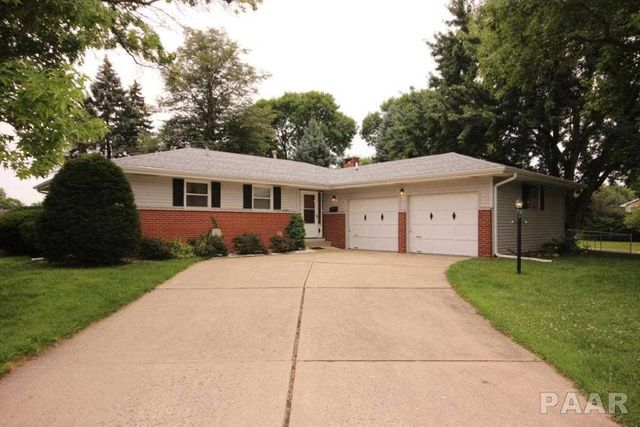2845 W Sheffield Dr Peoria Il 61604 Home For Sale And