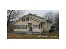 1023 Ewing St, Clinton, IN 47842