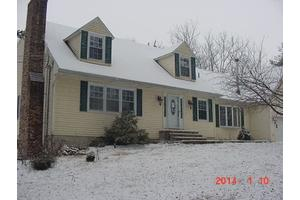 18 Shurts Rd, Washington Twp., NJ 08827